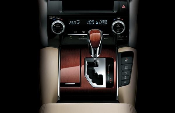interior-alphard-4-20200730214814.jpg